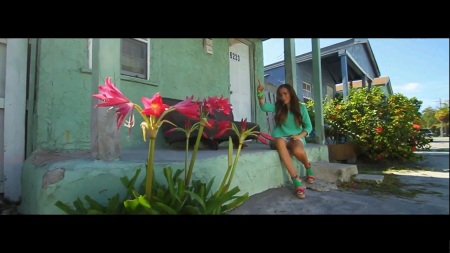 Tournage du clip Lucky de Kenza Farah à Miami